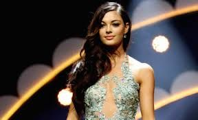 Demi-Leigh Nel-Peters MIss Univers 2017